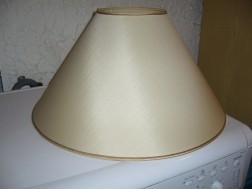 2 grote lampenkappen