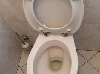 Toilet + inbouwreservoir + fontijntje