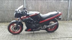 nette kawasaki motor GPZ 500 S