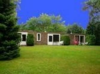 DG241*2x6p. bungalow in Vledder