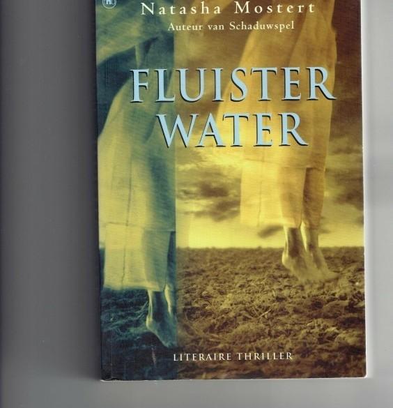 fluisterwater/Natasha Mostert