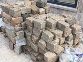 Super restpartij Zweedse granieten keien 8 m2
