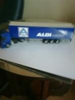 Aldi Markt vrachtwagen