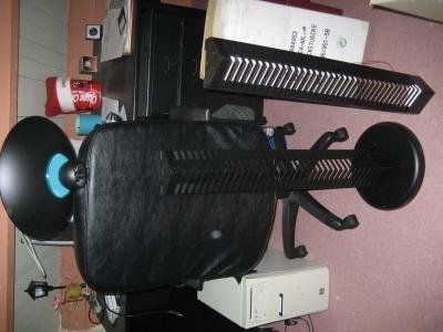 Gloednieuwe sta lamp / zwart & cd opbergrek