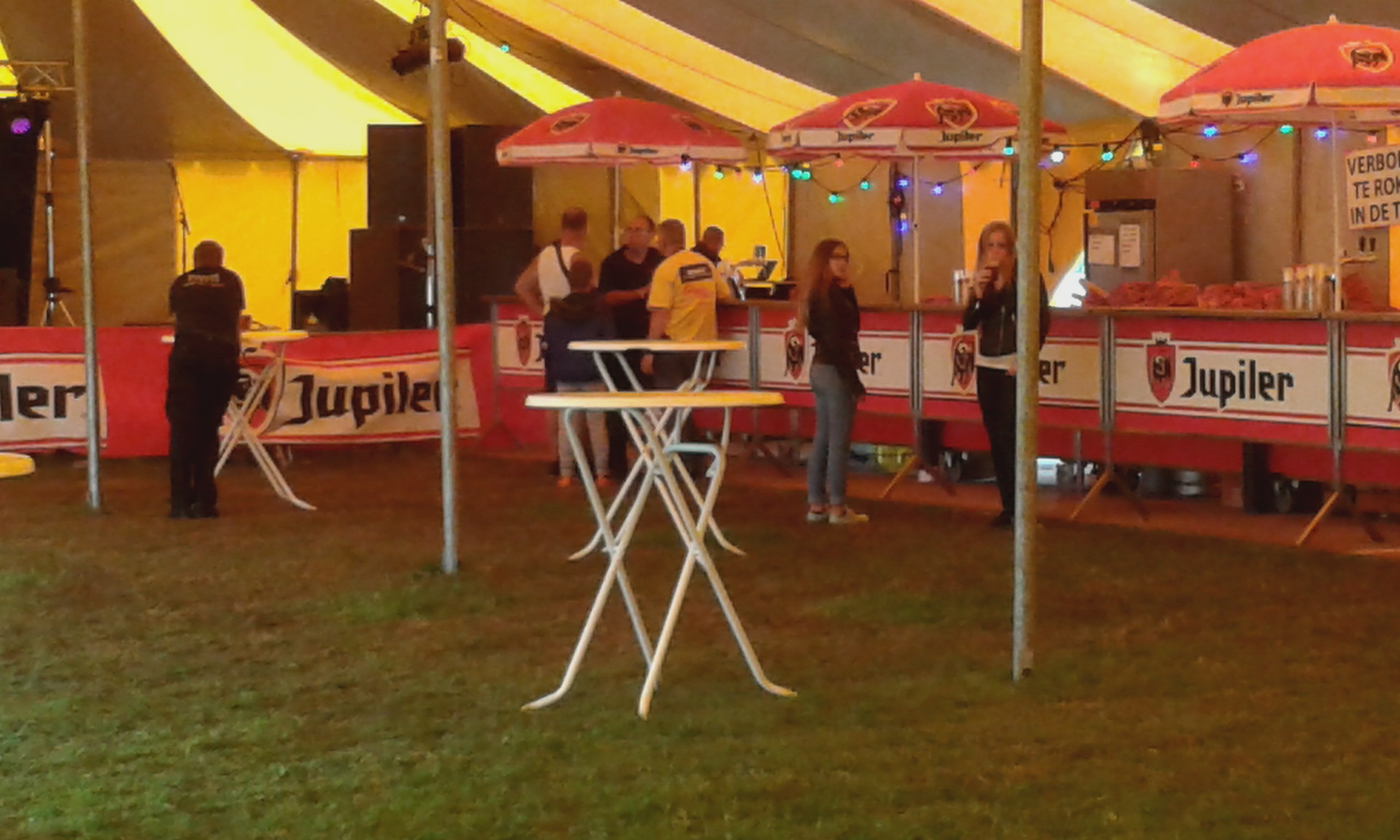 Grote feesttent 2