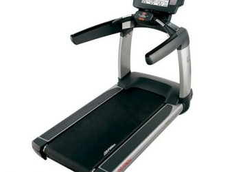 "LifeFitness Platinum Club Series Engage 15"" PCST ex verhuur"
