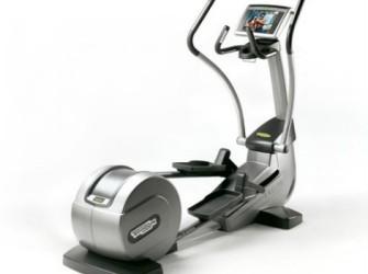 TechnoGym crosstrainer Synchro Excite 700 met LCD TV gebrui…