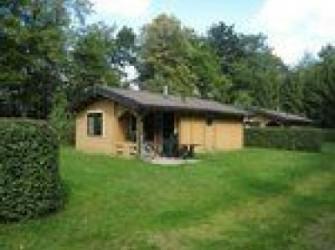 DG143*4p. Finse bungalow in Vierhouten