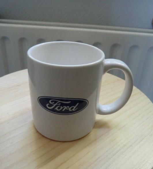 Mok met Ford logo