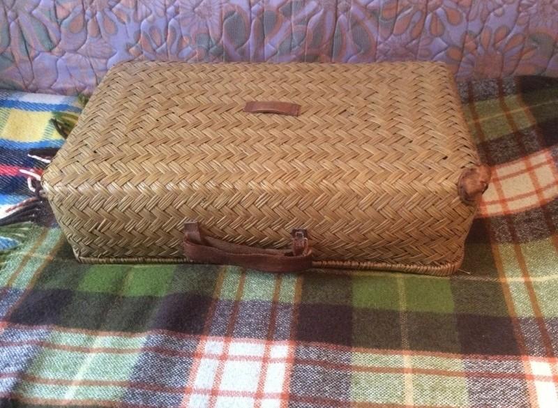 Rieten koffer