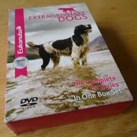 """Te koop de originele DVD-box """"Eukanuba Extraordinary Dogs"""".…"""
