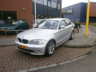 BMW - 120i High Exec. Automaat, Navi, Pdc