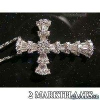 diamanten kruishanger