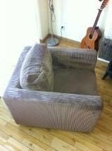 2 Comfortabele blok stoelen van bruin ribfluweel