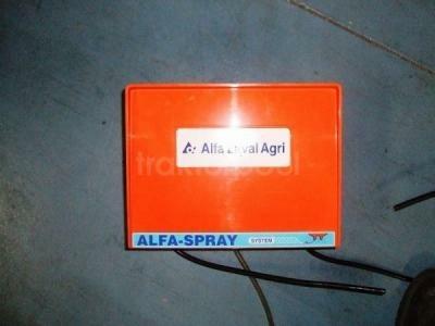 DeLaval Alfa sprayautomaat met 4 sproeipistolen