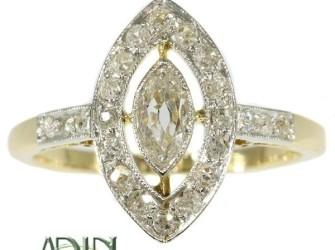 Antieke verlovingsring met sublieme diamant