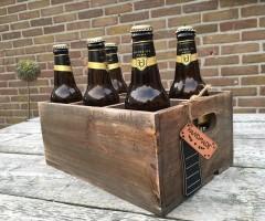 Houten bierkrat gevuld met 6 Hertog Jan pintjes