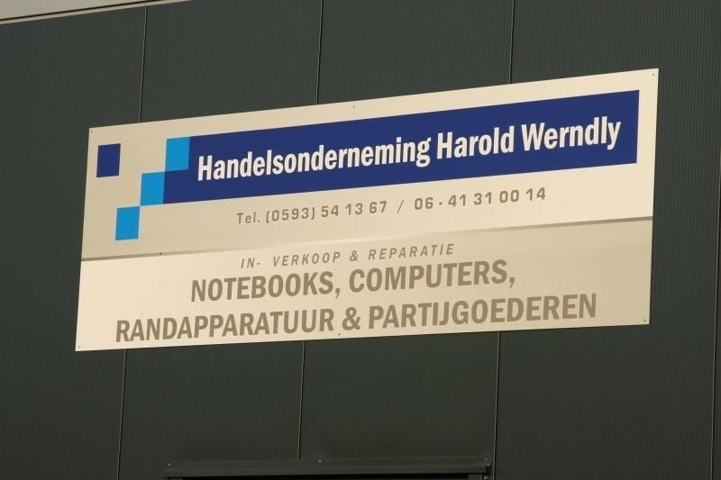 Tweedehands Packard Bell, Samsung laptops en computers