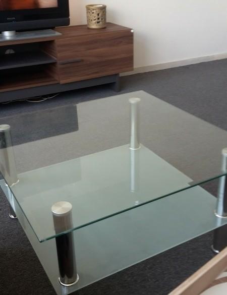 Mooie Glazen Eettafel.Mooie En Onbeschadigde Glazen Tafel Den Helder Koopplein Nl