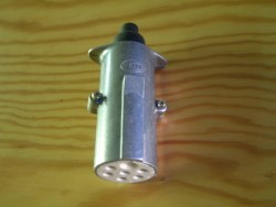 Stekker 7-polig 7x20A/24V ISO3731 Metaal Hella W