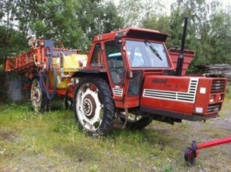 Fiat 880 sprayer