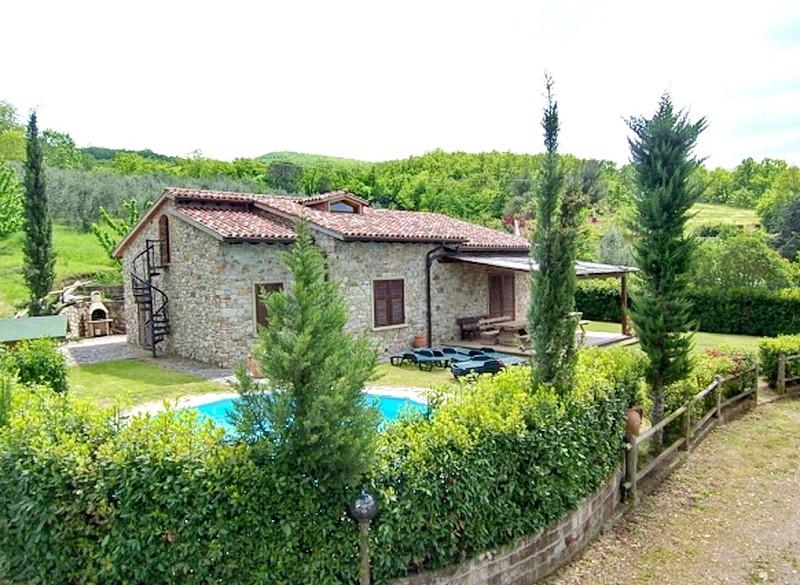 Toscane-11 persoons Vakantiewoning