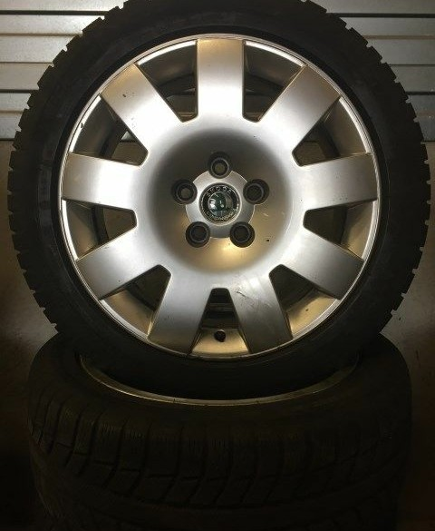 "0387 Set 17"" Skoda winterwielen"