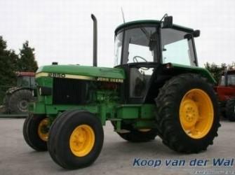 John Deere 2850