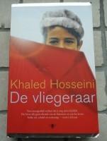 """Te koop het boek """"De vliegeraar"""" van Khaled Hosseini."""