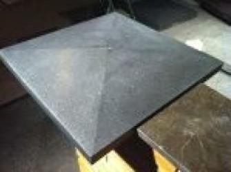 Paalafdekker zwart basalt , 45 euro p/stuk