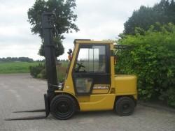 Reparatie onderhoud heftrucks, landbouwmachines, tractoren