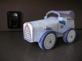 antieke auto van papier