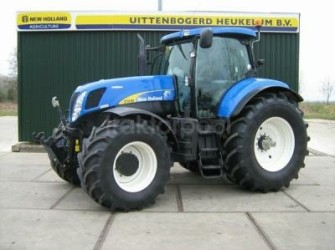 New Holland T 7030 AC