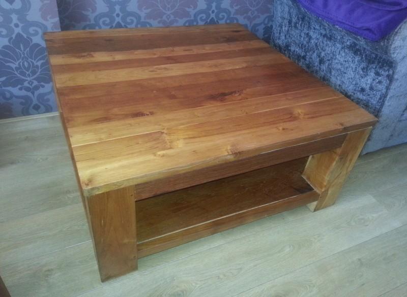 Teak houten zware salontafel