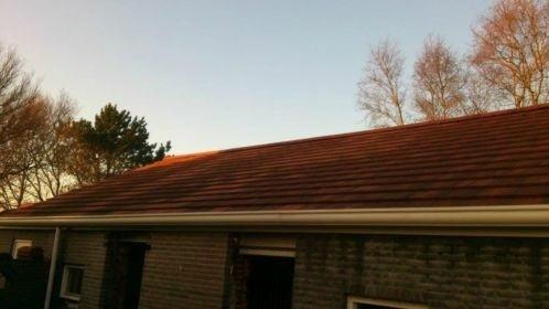 1000 stonewold dakpannen en 80 nokvorsten