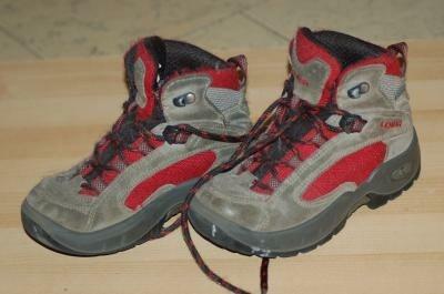 Stevige Berg/Wandel schoenen van Lowa