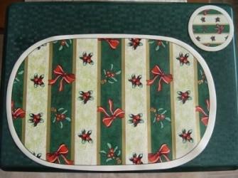 Nieuwe Kerstplacemat met bijpassende onderzetter.