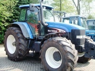 New Holland TM 175 4WD PC Traktor