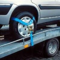 Driepunts auto spanband