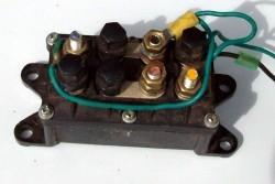 Omkeer relais 12 volt 200 Amp