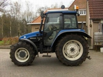 New Holland TL90 4WD TRACTOR