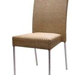 stoelen met geborsteld RVS poten en Lloyd-loom