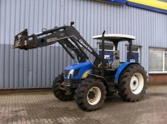 New Holland TN70 DA 4WD FRAME TRACTOR