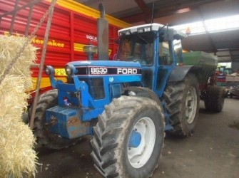 Ford 8630 POWERSHIFT TRACTOR