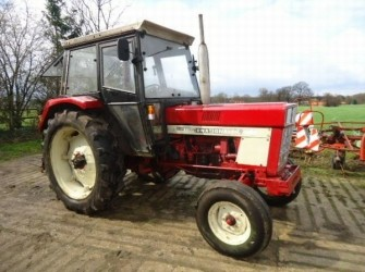 Case IH 644 2WD TRACTOR