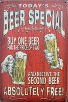 """Tekstbord:""""Today's Beer special, buy one beer for the pric…"""