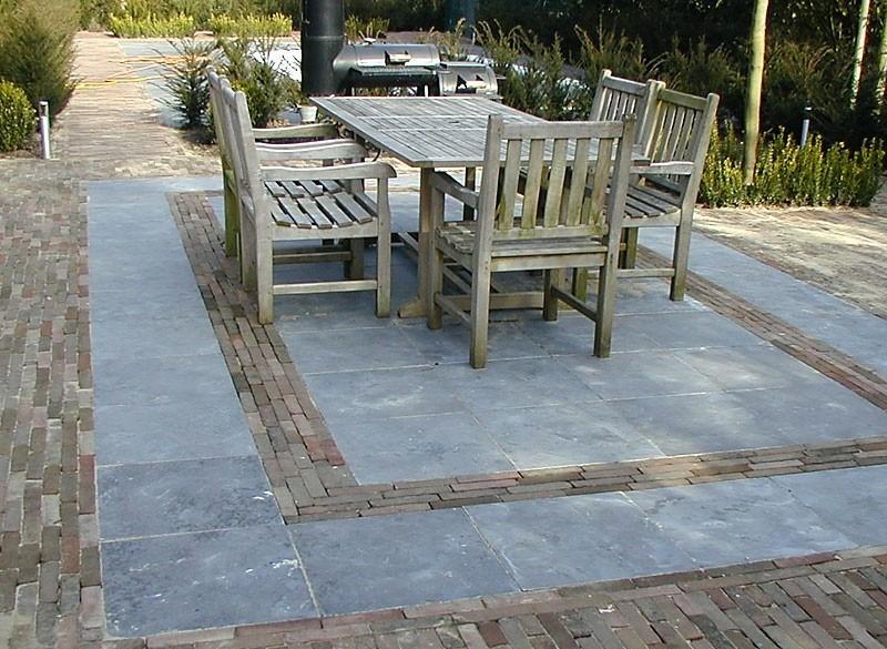 Chinees Hardsteen Binnen.Terrastegels Chinees Hardsteen 60x60 Cm Getrommeld