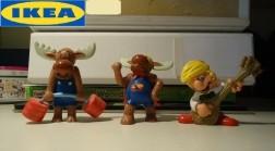 Drie rubberen figuurtjes van Ikea (hoogte: ongeveer 6 cm).