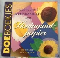 Boekje - Feestelijke wenskaarten van honingraatpapier