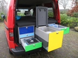 NIEUW! MAC Box Modulaire Auto Camper Unit in auto!